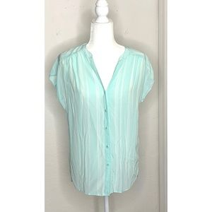 Hinge Small 100% Silk Light Turquoise & White Top